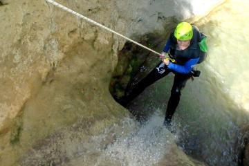 Initiation au canyoning dans le Jabron (Verdon) avec ROCKSIDERS