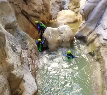Canyoning dans le Verdon au Riolan avec ROCKSIDERS
